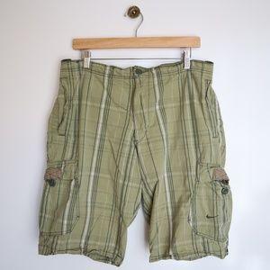 Nike Shorts - Men's Nike Athletic Dept Plaid Cargo Shorts LG